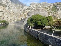 11_Kotor_-_Old_City_walls