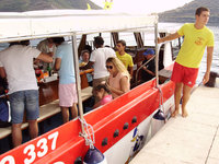 06-On_the_Boat